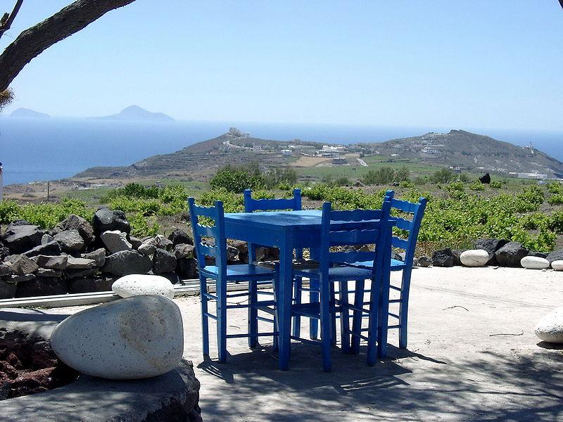 Café in Akrotiri, Santorini, Greece