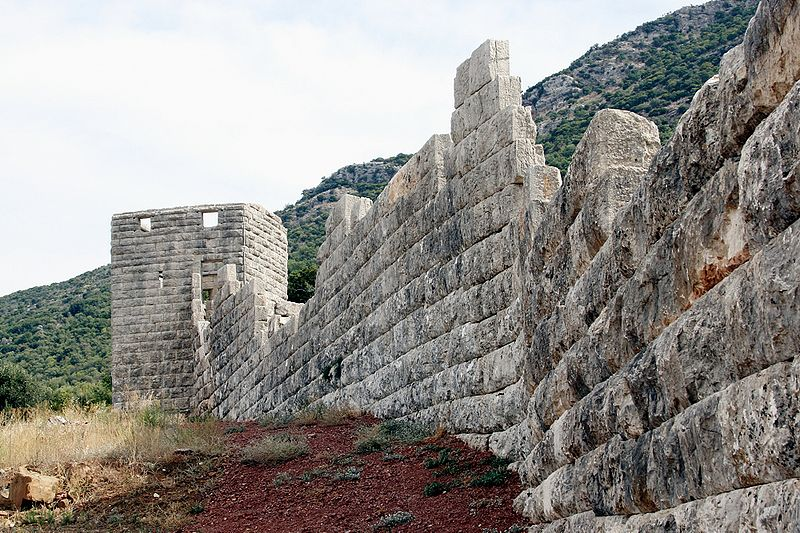 The walls of Messene against a backdrop of Mount Ithome.