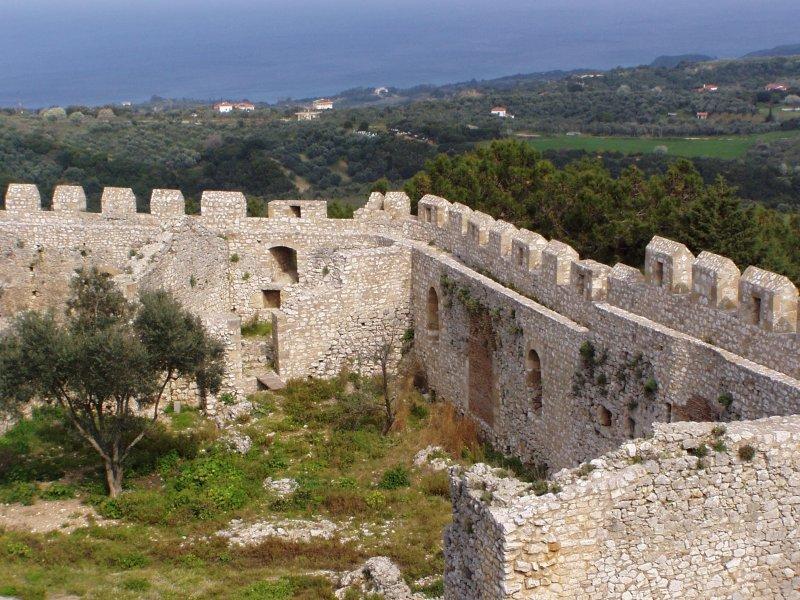 The walls of Chlemoutsi