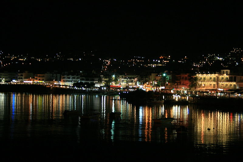 Hersonissos, by night