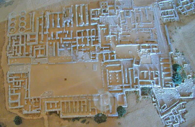 A model of Malia Palace