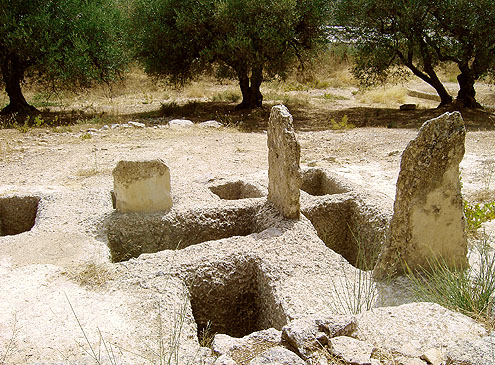 Mycenean graves Fourni Archanes, Crete