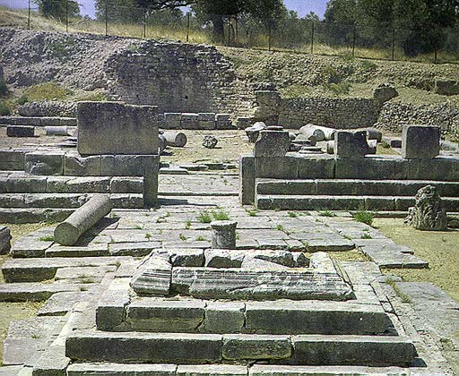 View of the Apollo temple (Pythion) at Gortyna