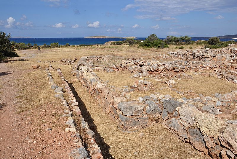 The Minoan site of Roussolakkos, eastern Crete