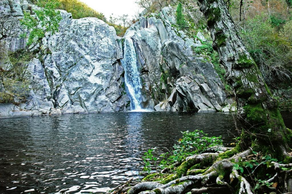 Agia Varvara Waterfalls in Drama, Greece - Photo: Sotiris Lambadaridis