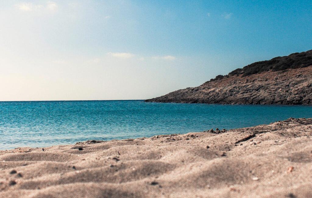 Travel to Antiparos, Greece - Beach - Photo by Alex Voulgaris