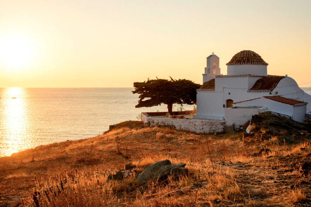 small-church-of-panagia-flampouriani-the-virgin-mary-of-flampouriani-with-a-tiled-cupola-at-Flampouria-in-Kythnos-Greece