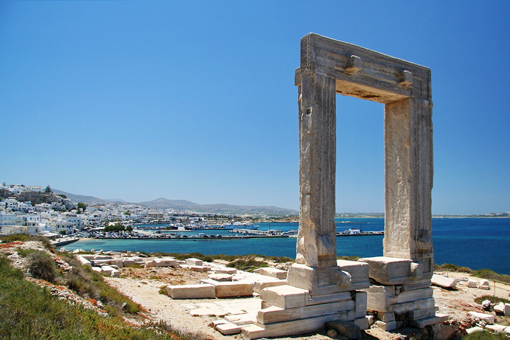Apollo Temple' s Gate (Portara) at Naxos port - Photo by S. Lambadaridis