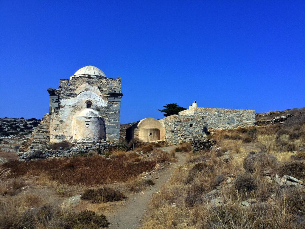 Monastery Episkopi Sikinos, Greece - Photo by Glorious 93