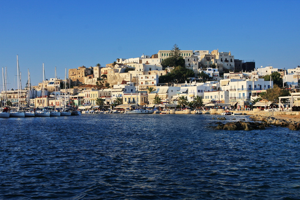 Naxos port - Photo by S. Lambadaridis