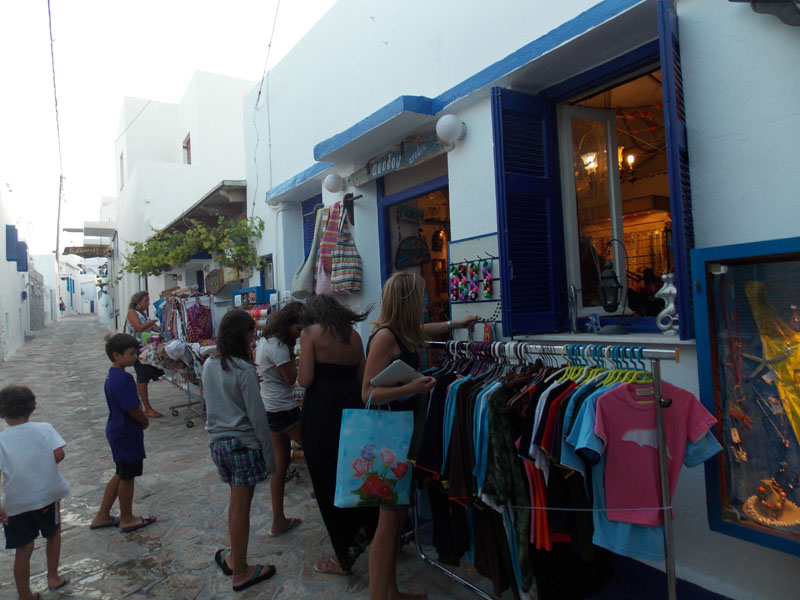 Shopping in the village, Koufonisi