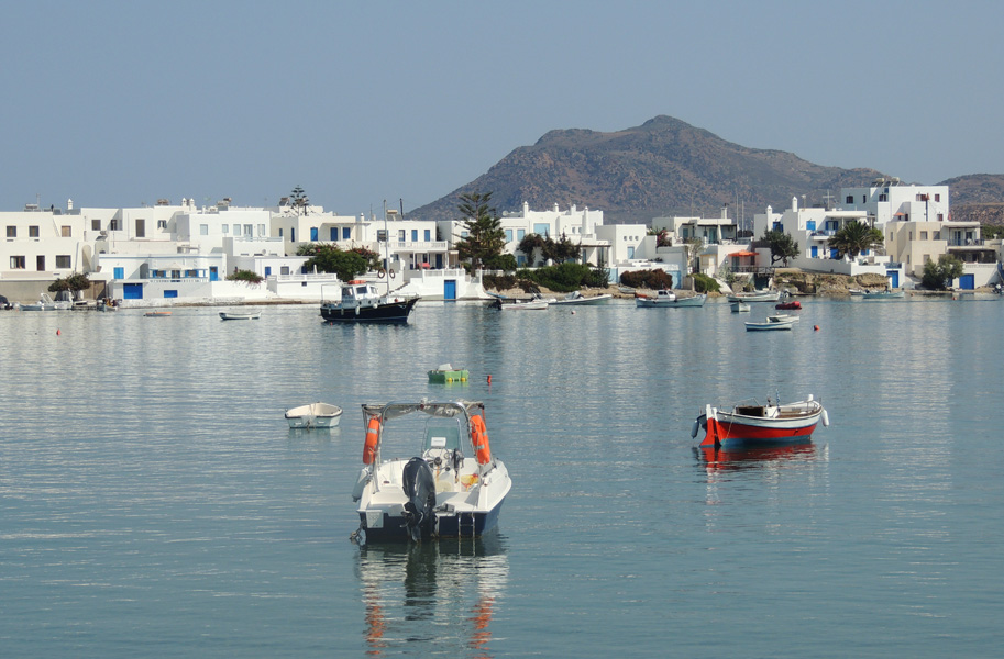 Pollonia, Milos - Photo by George Korovessis