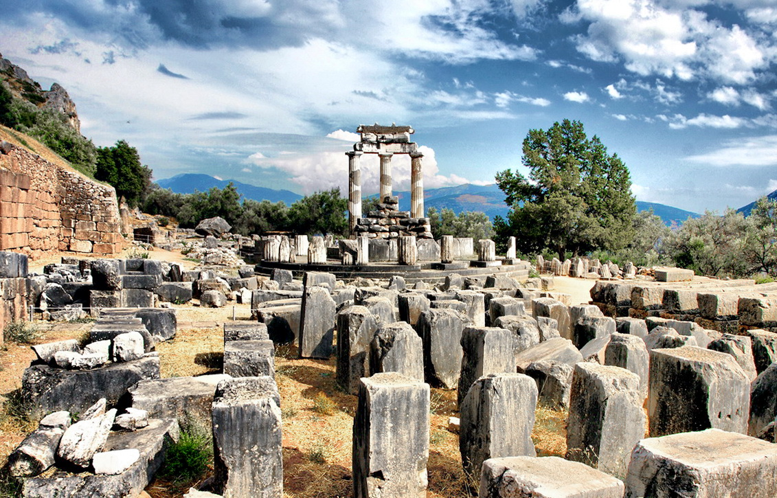 Delphi - Photo by Sotiris Lambadaridis