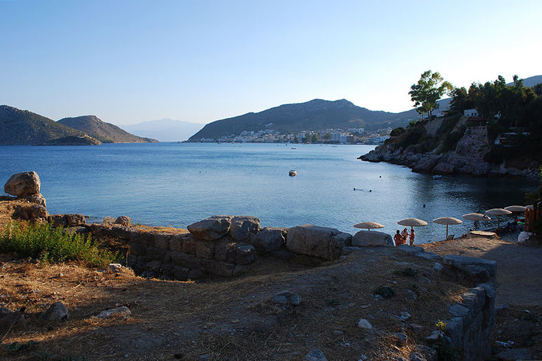 Asine - grounds of the Mycenaean acropolis