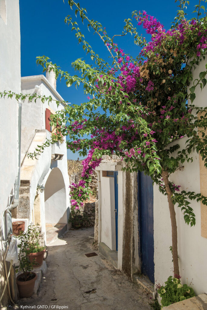 Charming alley in Kato Hora, near Mylopotamos, Kythira island Greece - Photo by G. Filippini