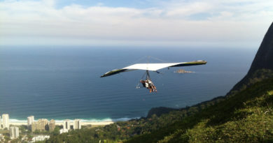 Hang gliding in Greece