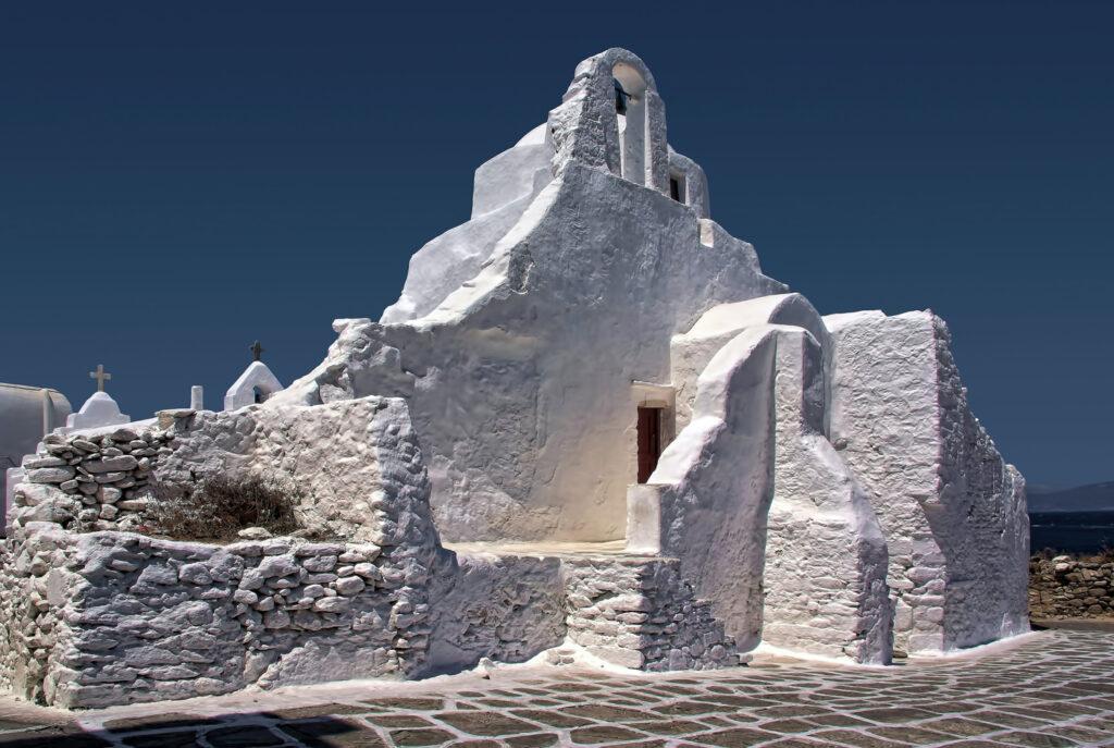 Church of Paraportiani, Mykonos, Greece - Photo by Ricardo Gomez Angel