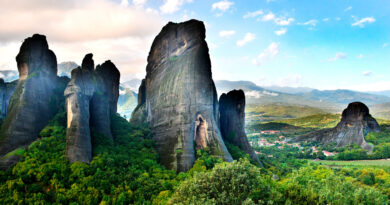 Travel to Meteora, Greece