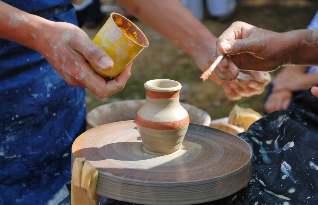 ceramic class in greece - traditional pottery