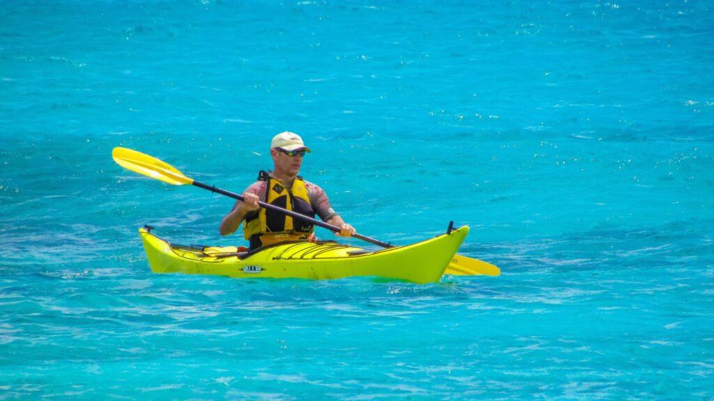 Travel to Greece - Sea kayaking in Greece