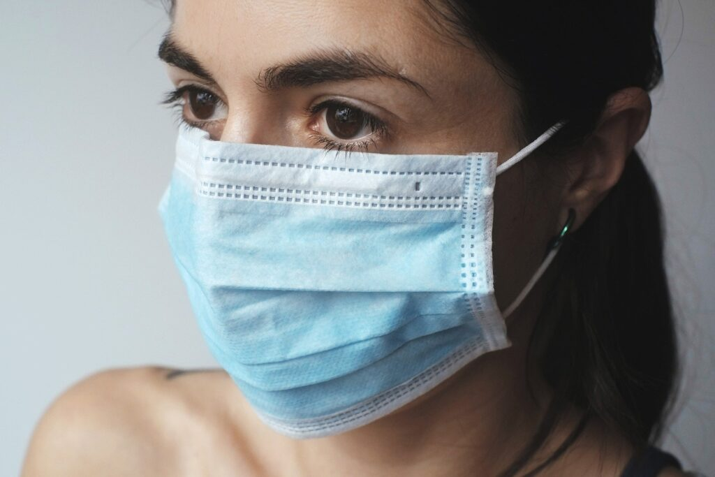 COVID-19 - measurement with face masks during your holiday in Greece