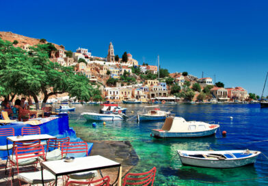 Symi – a Charming Cliff Town with Fascinating Stairways