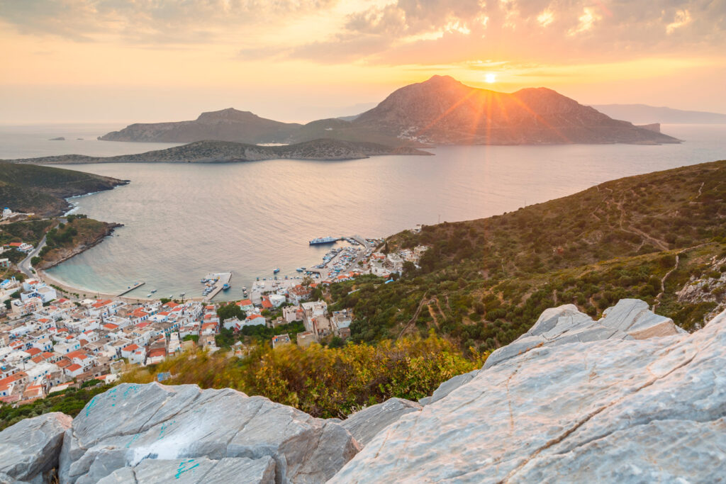 fourni-town-and-thymaina-island-as-seen-from-acropolis-at-sunset-greece