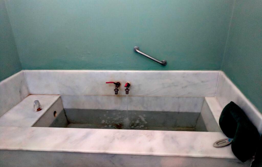Iamatika Loutra Nisyrou - bathtub, Dodecanese Greece