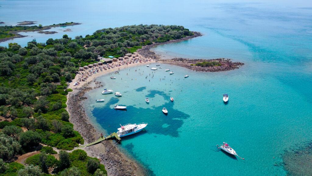 Organized beach at the islet of Monolia, part of the archipelago paradise Islands of Lihadonisia, northern Evia, Greece
