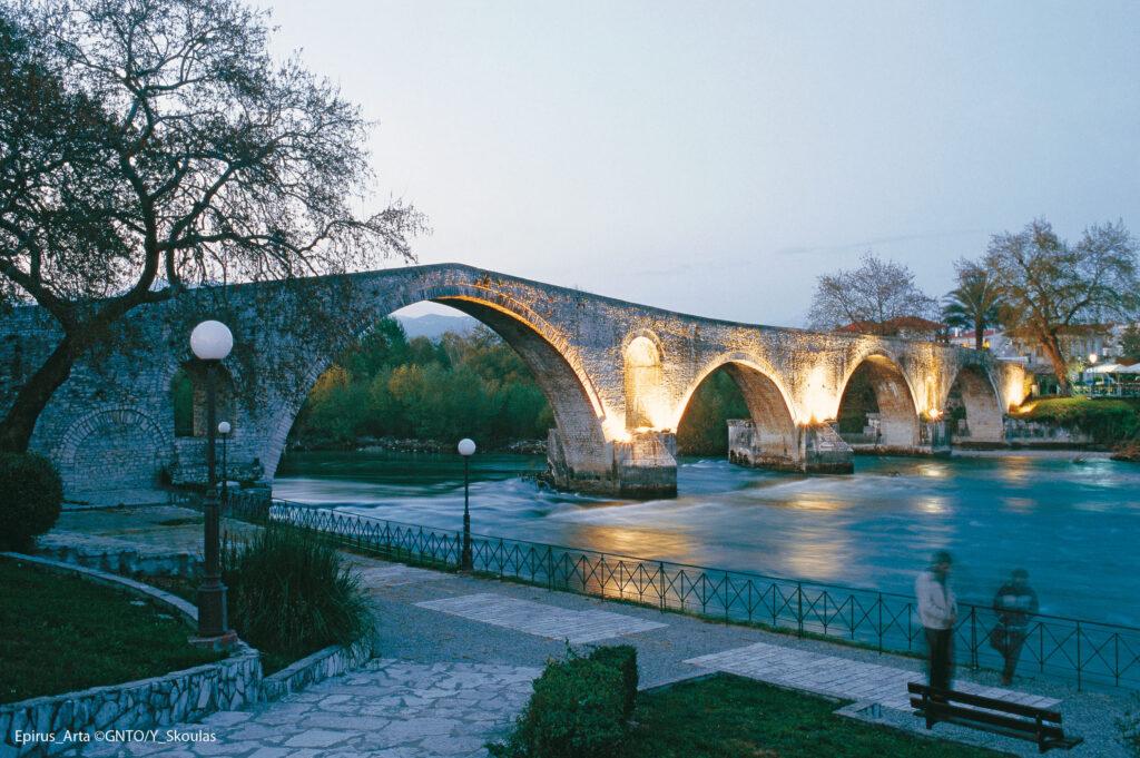 Arta bridge at Aracthos river, Arta, Epirus Greece - Photo by Y. Skoulas